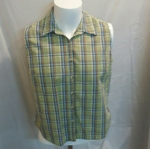Ladies sleeveless blouse